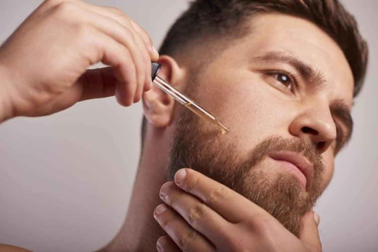 Using Beard Oil to condition hair follicles
