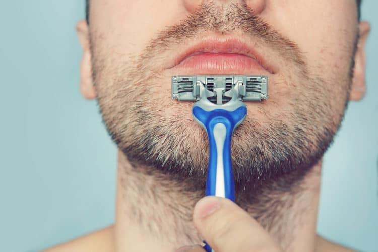 Letting your beard grow out to to fix beard patches and uneven beard growth