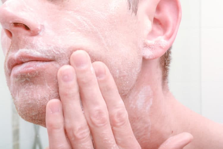Learning how to apply a good aftershave product is a great way to heal skin irritation.