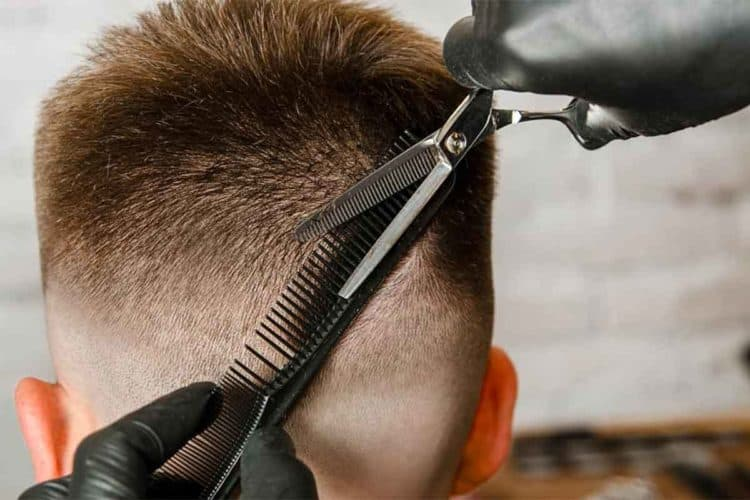 Barber Creating the Best Taper Fade Haircuts